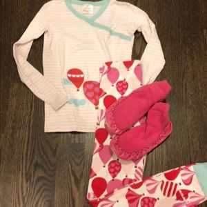 Pajama set and slippers